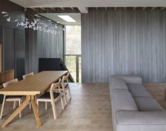 Montauk shou sugi ban Long-Term Beach House Desai Chia resawntimber